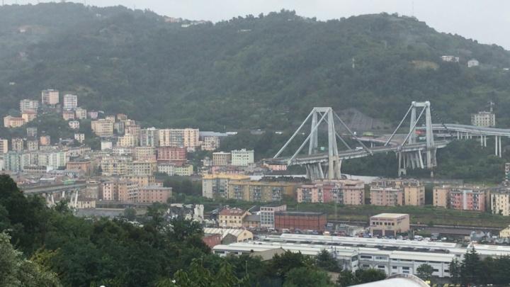 Eingestürzte Morandi-Brücke in Genua (c) Von Salvatore1991 - Eigenes Werk, Gemeinfrei, https://commons.wikimedia.org/w/index.php?curid=71622568